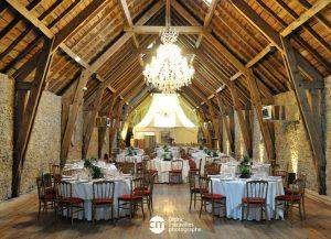 grande salle de réception repas de mariage aveyron