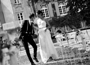 photos de couple en noir et blanc